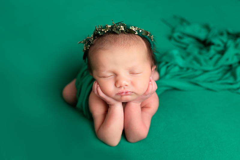 Why choose Photography by Edina for your Newborn Photos?