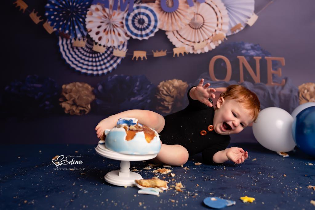 cake smash sessions in york