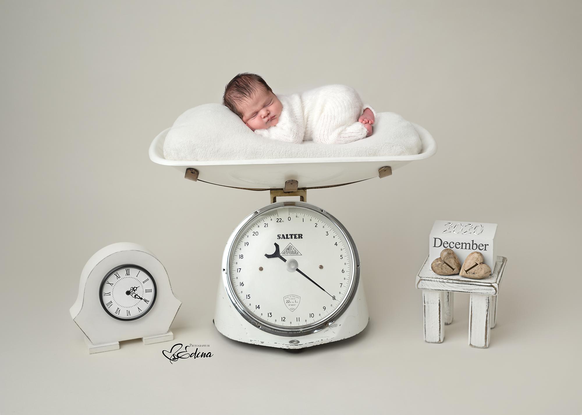 newborn photo session in York